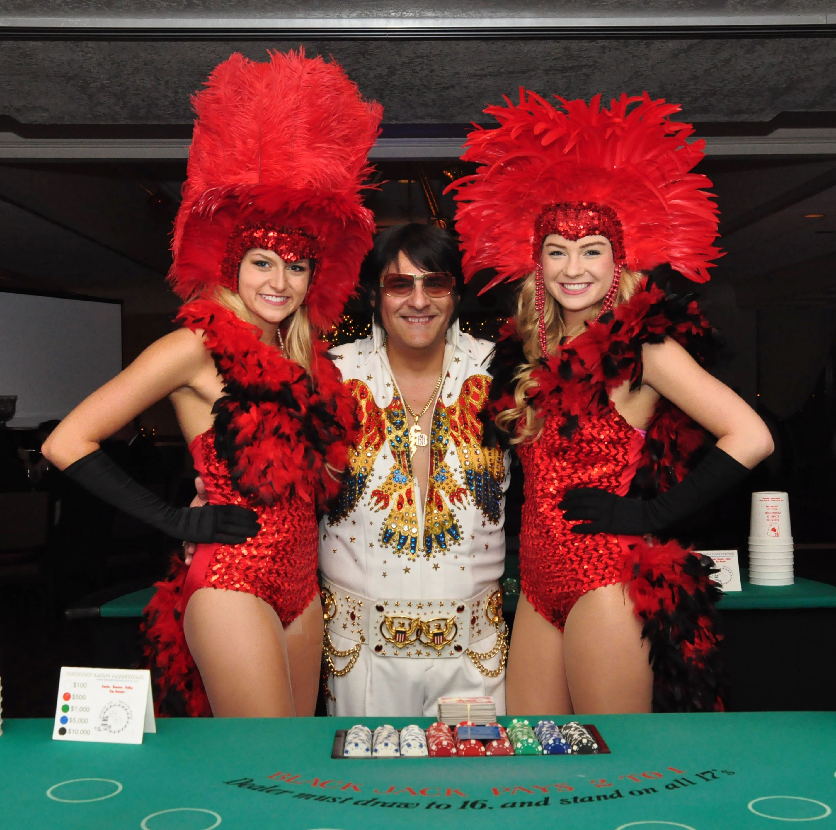 elvis_and_showgirls.jpg