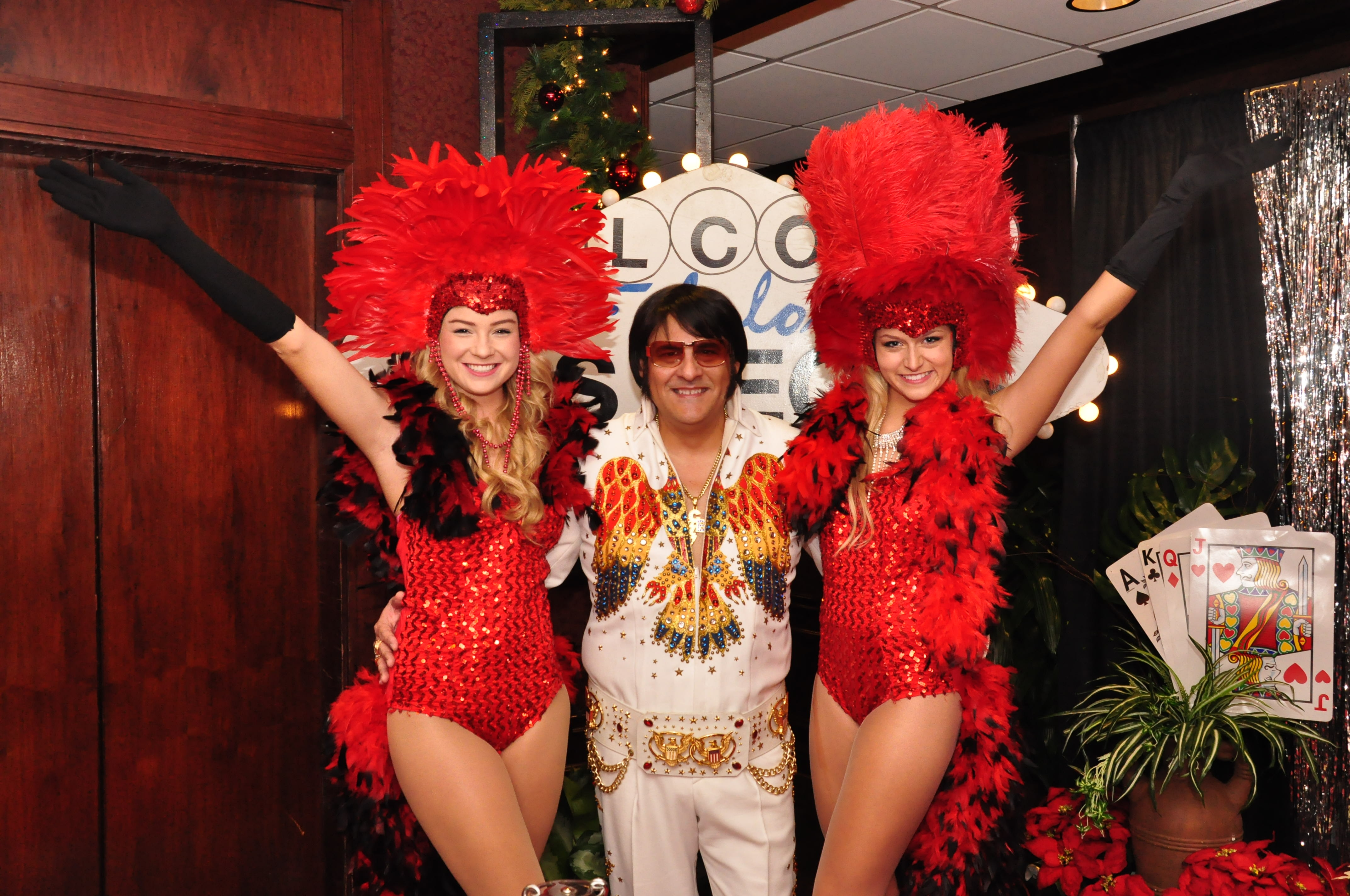 elvis_showgirls.jpg